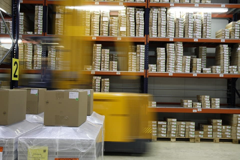 Pros and Cons of Amazon Drop Shipping