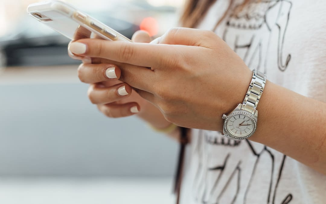 SMS & Email Marketing: 5 Tips to Integrate Channels for Increased Customer Engagement