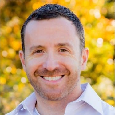 Jason Weisenthal: Why It's Better to Serve a Niche Well, Than a Large Market Poorly